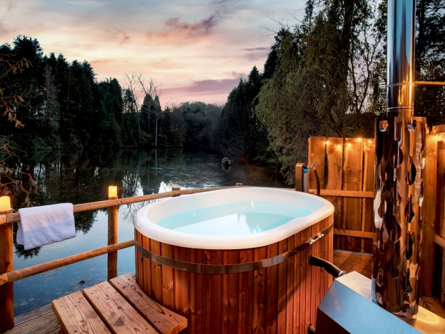 Lakeside Hot Tub